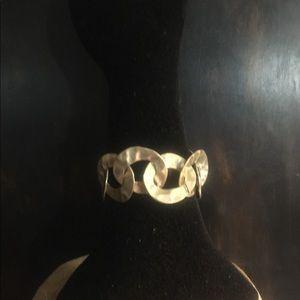 Matt Gold Link Bracelet.